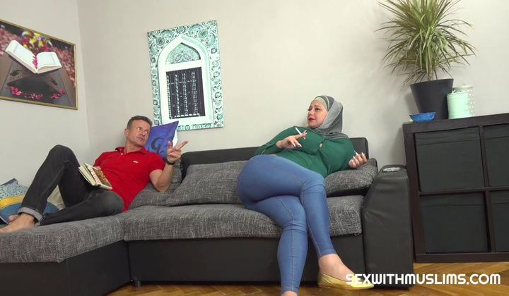 720p - Muslim Wife Tries A Cock Cigarette